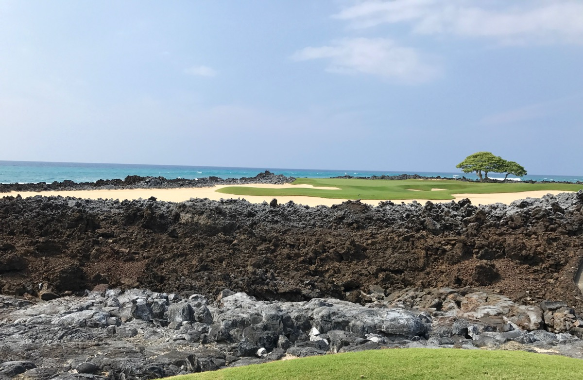 Hualalai GC- hole 17 from the tee